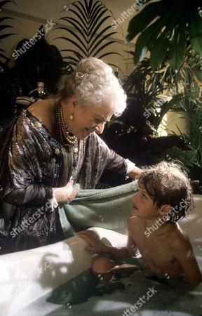 Stock Photo of 'The South Bank Show' TV - Fe-Fi-Fo-Fum -  A Roald Dahl Special Irene Handl, Nicholas Haley.