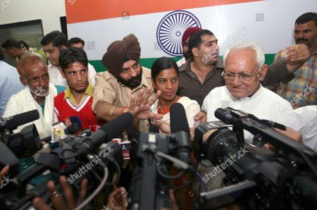 Editorial image of Ruksana Kausar and Aijaz Ahmad press conference, New Delhi, India - 02 Oct 2009