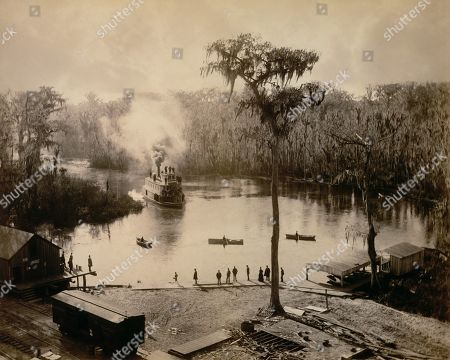Stern-Wheeler arriving at Silver Springs, Florida, in 1886. She was at the end of overnight trip up the St. Johns, Oklawaha, and Silver Rivers. Photo by George Barker