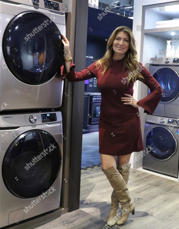 Samsung partners with Netflix's 'Stay Here' host and interior designer Genevieve Gorder to introduce the New Champagne Finish for Laundry Appliances at the Kitchen and Bath Industry Show (KBIS) 2019 at the Las Vegas Convention Center on