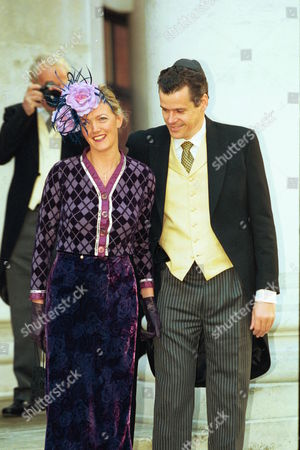 Scenes At The Wedding Of Santa Palmer Tomkinson And Writer Simon Sebag Montefiore At The Liberal Jewish Synagogue In St John's Wood North London And Reception At The Ritz Hotel  29/10/98 Marriage Of Santa Palmer Tomkinson To Simon Sebag-montefiore At Liberal Jewish Synagogue St  John's Wood  Annabel Heseltine And Fiancee Peter Butler    Rexmailpix