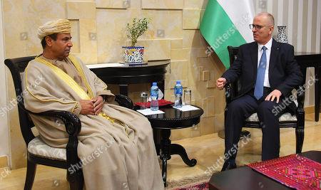 Palestinian Prime Minister, Rami Hamdallah, meets with Omani Ambassador to the Hashemite Kingdom of Jordan, Khamis Bin Mohammed Al-Farisi