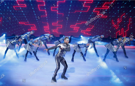 Daniel Whiston and professional skaters