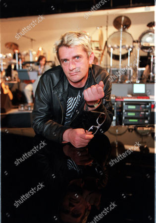 Tubular Bells Creator Musician And Composer Mike Oldfield In Rehearsals For Tubular Bells 3 . Rexmailpix.