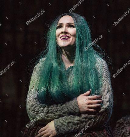 Marta Fontanals-Simmons as Hel,