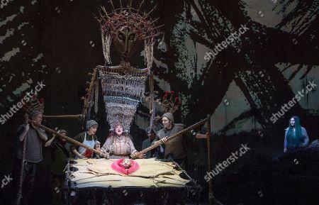 Rosie Aldridge as Angrboda, Marta Fontanals-Simmons as Hel,
