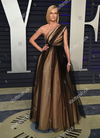 Sarah Murdoch arrives at the Vanity Fair Oscar Party, in Beverly Hills, Calif