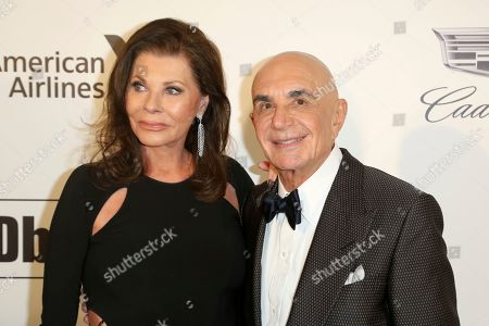 Linell Shapiro, Robert Shapiro. Linell Shapiro, left, and Robert Shapiro arrive at the 2019 Elton John AIDS Foundation Oscar Viewing Party, in West Hollywood, Calif