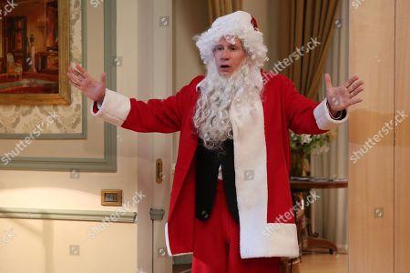 Riccardo Rossi as Santa Claus