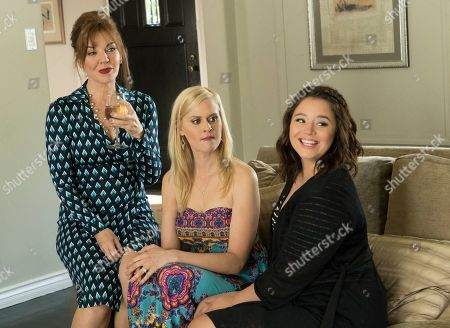 Robin Riker as Faye, Janet Varney as Becca and Kether Donohue as Lindsay
