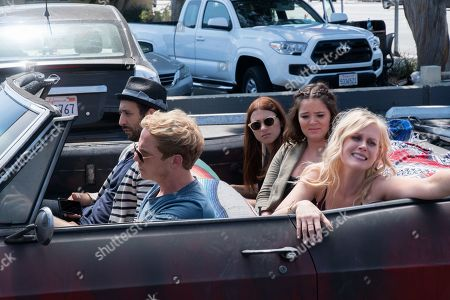 Desmin Borges as Edgar, Chris Geere as Jimmy, Aya Cash as Gretchen, Kether Donohue as Lindsay and Janet Varney as Becca