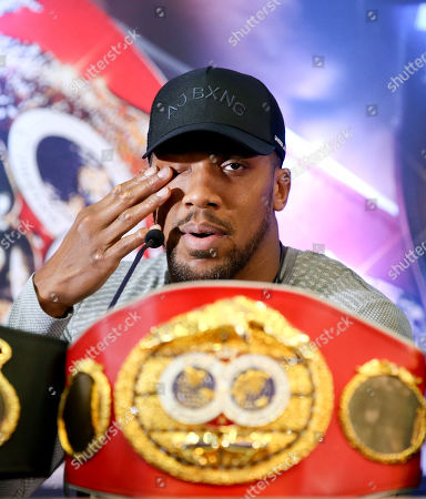 Anthony Joshua wipes his eye  Anthony Joshua & Jarrell Miller Press Conference ahead of their fight at Madison Square Garden on 01/06/2019 Anthony Joshua & Jarrell Miller Press Conference ahead of their fight on 01/06/2019 at Madison Square Garden.