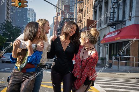 Nicole Kang as Lynn Lieser, Elizabeth Lail as Guinevere Beck, Shay Mitchell as Peach Salinger and Kathryn Gallagher as Annika Atwater