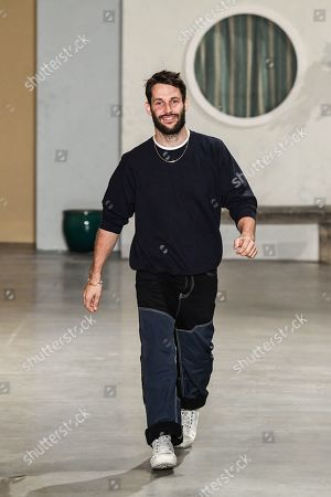 Simon Porte Jacquemus on the catwalk