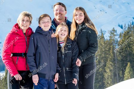 Prince Constantijn, Princess Laurentien and their children, Countess Eloise, Count Claus-Casimir and Countess Leonore