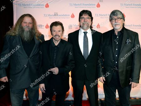 Jamey Johnson with Alabama's Jeff Cook, Teddy Gentry and Randy Owen