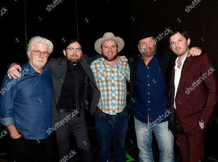 Michael McDonald, Nathan Followill of Kings of Leon, Critter Fuqua of Old Crow Medicine Show, Garth Brooks and Caleb Followill of Kings of Leon.