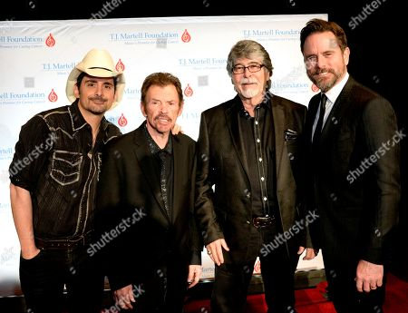 Brad Paisley, Randy Owen & Jeff Cook of Alabama with Charles Esten