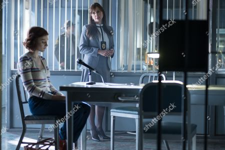 Madelyn Grace as Trish Doyle and Kellie Martin as Agent Murray