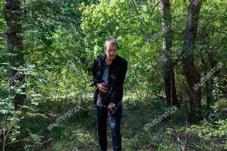 Rhys Ifans as Hector DeJean