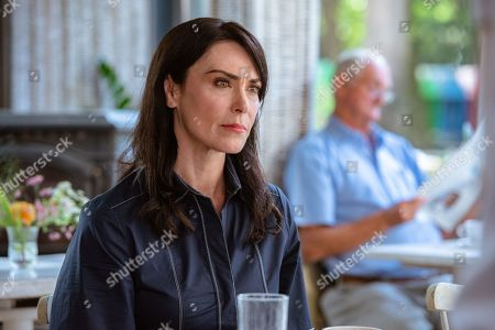 Michelle Forbes as Valerie Edwards
