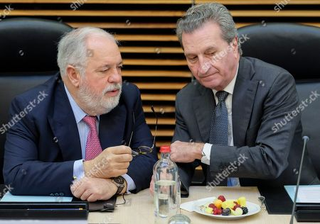 European Commissioner for climate action and energy Miguel Arias Canete (L) and EU Budget Commissioner, German, Gunther Oettinger at the start of a college meeting of the European commission in Brussels, Belgium, 27 February 2019.