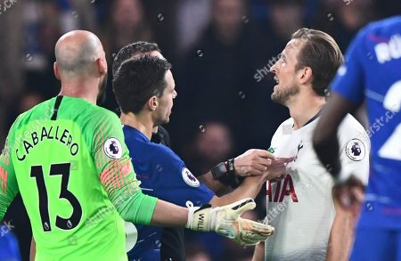 Cesar Azpilicueta of Chelsea jabs his finger into the chest of Harry Kane of Tottenham Hotspur