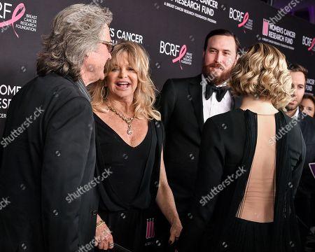 Kurt Russell, Goldie Hawn, Danny Fujikawa and Kate Hudson