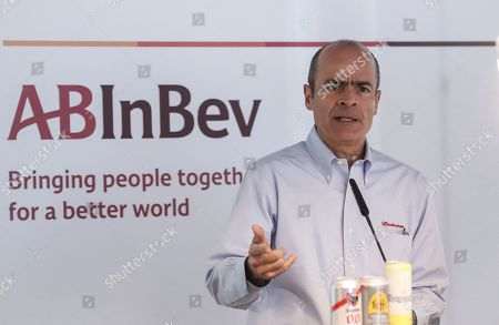 Stock Photo of Carlos Brito, Chief Executive of Anheuser-Busch InBev, presents the company's results for 2018 during a news conference in Leuven, Belgium, 28 February 2019. The number one brewer in the world Anheuser-Bush InBev (AB InBev) announced a solid revenue growth of 4.8 percent and total volumes grew by 0.3 percent.