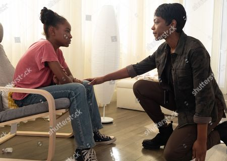 Saniyya Sidney as Amy Bellafonte and Caroline Chikezie as Dr. Major Nichole Sykes