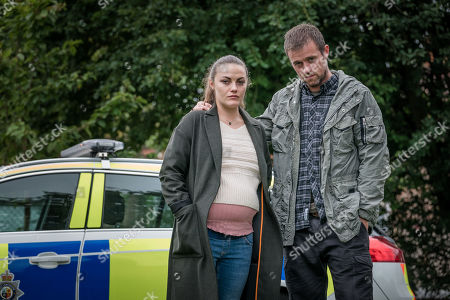 Stock Picture of Chanel Cresswell as Jess Meredith and Jonas Armstrong as Sean Meredith