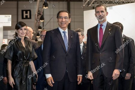 From left to right, Queen Letizia, Martin Vizcarra and King Felipe VI during the second day of the ARCO Madrid contemporary art fair.