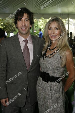 David Schwimmer and Heather Thomas Brittenham
