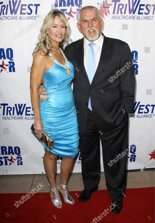"""Editorial picture of """"A Night of Honour"""" with Host Dr. Phil McGraw, Universal City, California, America - 04 Oct 2009"""