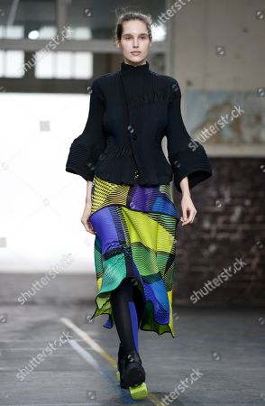 A model presents a creation from the Fall/Winter 2019/20 Women collection by Japanese designer Yoshiyuki Miyamae for Issey Miyake fashion house during the Paris Fashion Week, in Paris, France, 01 March 2019. The presentation of the Women's collections runs from 25 February to 05 March.