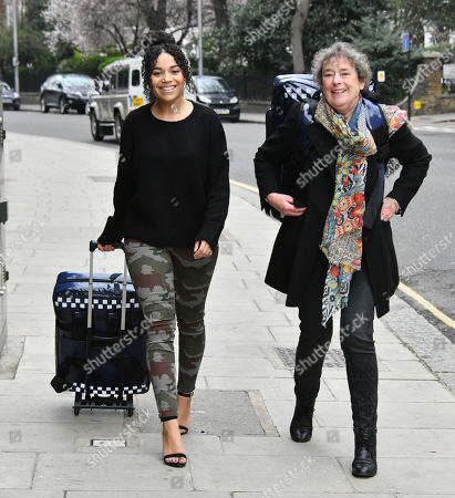 Leonie Elliott and Linda Bassett at the launch of national community midwives' bags