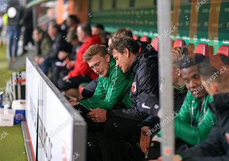 01.03.2019, Football 1. Bundesliga 2018/2019, 24.  match day, FC Augsburg - Borussia Dortmund, in WWK-Arena Augsburg.  re: Co-Trainer Jens Lehmann (FC Augsburg)  Taktik ,  Tablet-Computer.