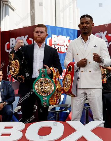 Mexican Saul 'Canelo' Alvarez (L) and US Daniel Jacobs (R) pose during a press conference, in Mexico City, Mexico, 01 March 2018. Both came to Mexico City to promote their 04 May fight in Las Vegas.