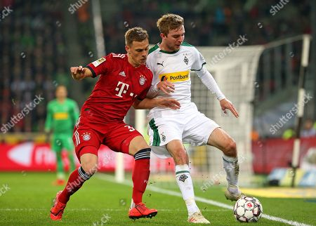 02.03.2019, Football 1. Bundesliga 2018/2019, 24.  match day, Borussia Moenchengladbach - FC Bayern Muenchen, Borussia-Park Moenchengladbach. (L-R) Joshua Kimmich (Bayern Muenchen)  -  Christoph Kramer (Gladbach)