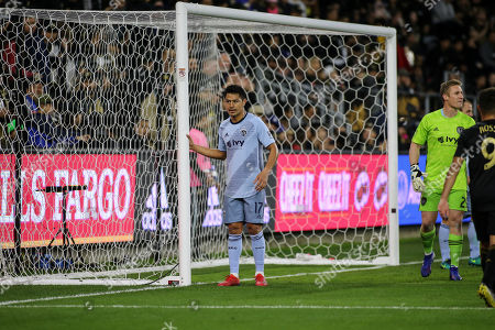 Los Angeles, CA...MLS Sporting Kansas City midfielder Roger Espinoza #17 guarding the post during the Los Angeles Football Club vs Sporting KC at BANC OF CALIFORNIA Stadium in Los Angeles, Ca on , 2019. Photo by Jevone Moore