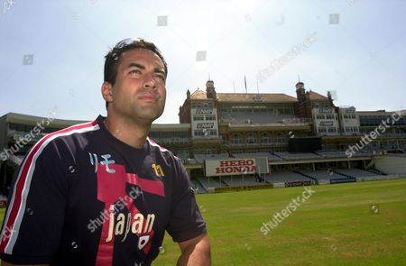 Cricketer Adam Hollioake (30) Brother Of Ben Who Was Killed Aged 24 In A Car Crash In Australia 23/3/2002.pictured At The Oval Cricket Ground. Picture By David O' Neill. . Rexmailpix.