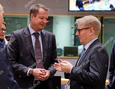 Swedish Minister for Energy Anders Ygeman (L) and Finland Minister of Energy Kimmo Tiilikainen (R) attend the European Energy Ministers Council in Brussels, Belgium, 04 March 2019.