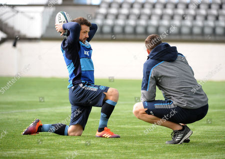 Greig Laidlaw - Scotland scrum half and captain talks with strength & conditioning coach Sean Lamont.
