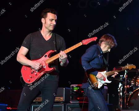 Dweezil Zappa, Eric Johnson