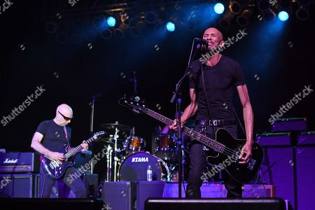 Stock Picture of Joe Satriani, Kenny Aronoff, Doug Pinnick