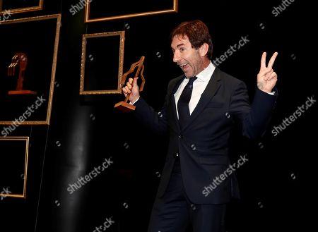 Antonio de la Torre poses after receiving the 'Best Cinema Actor' Fotograma de Plata Award during the Fotogramas de Plata 2018 awards ceremony in Madrid, Spain, 04 March 2019.