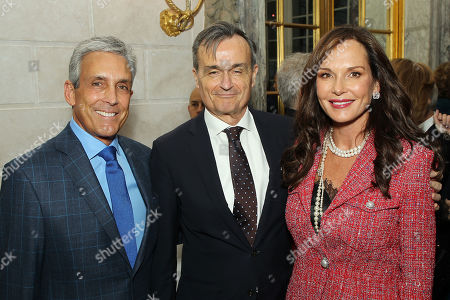 Charles S. Cohen, Gerard Araud (Ambassador of France to the United States), Clo Cohen