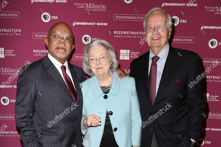 "Rob Rapley, Henry ""Skip"" Gates, Jr., Judith Suzanne Davidson and Bill D. Moyers,"