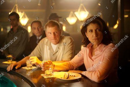 Scott Klace as Sgt. John Mankiewicz and Amy Aquino as Lt. Grace Billets