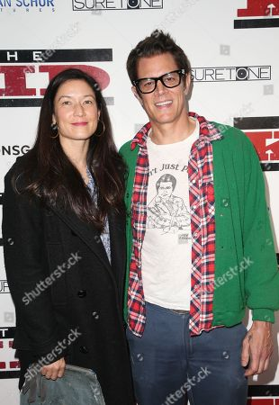 Naomi Nelson, Johnny Knoxville